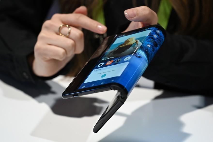 smartphone pliable flexpai royole de royuku